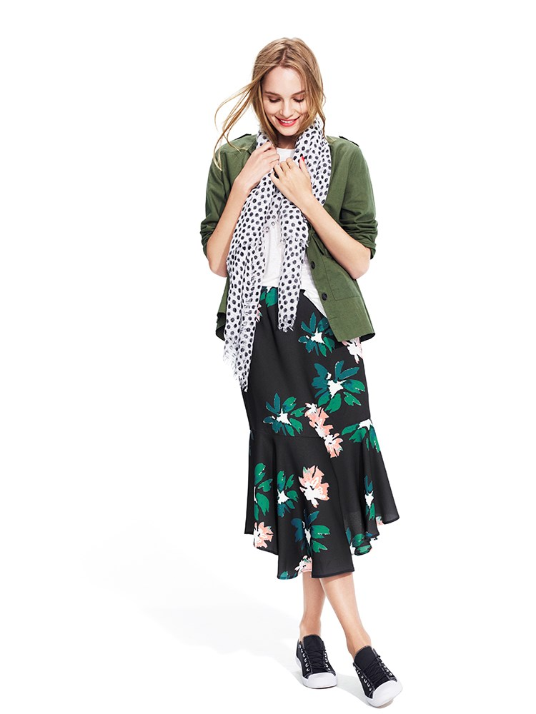 A model wearing a tee, scarf, jacket and skirt from the Who What Wear collection