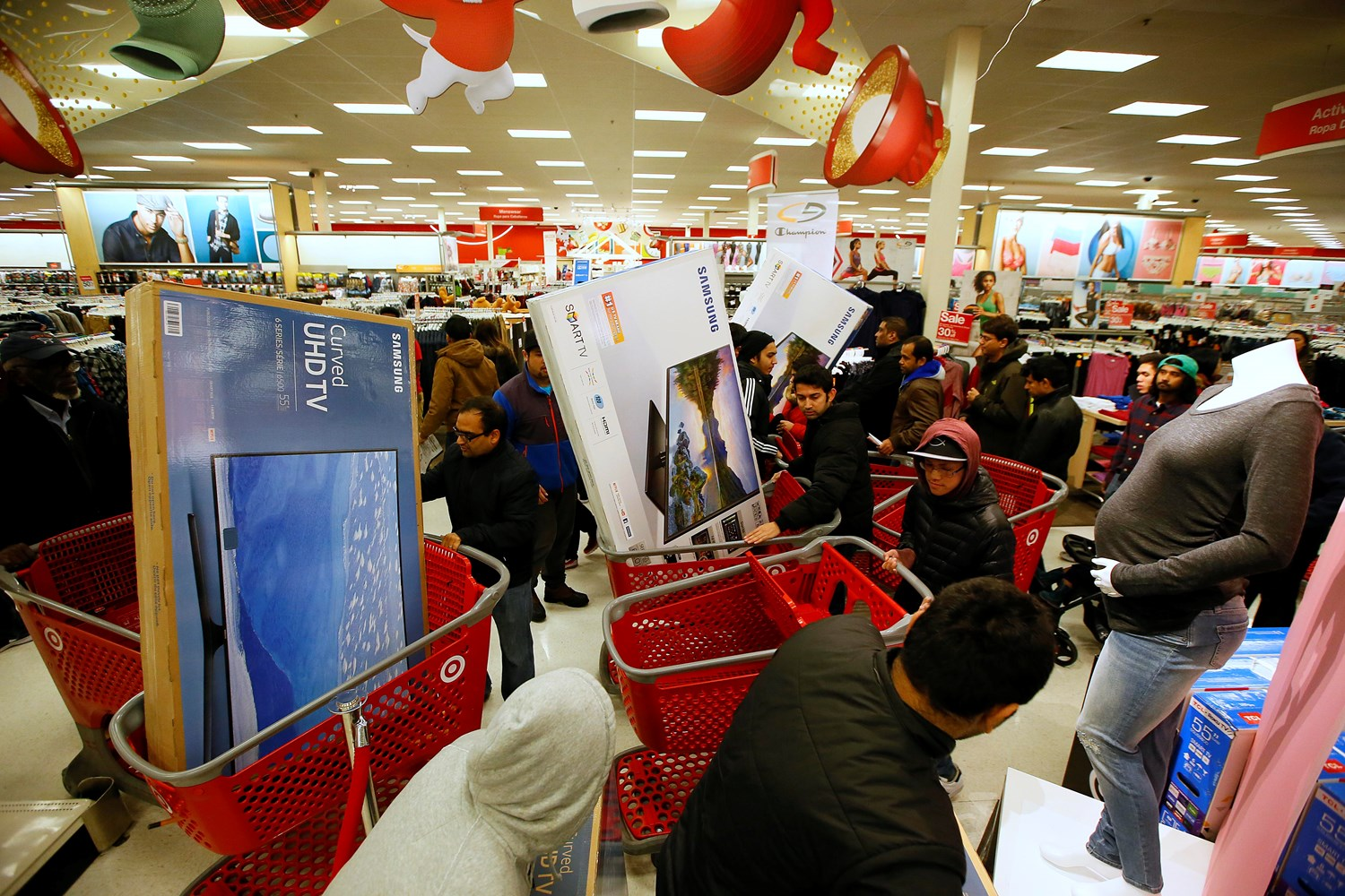 Target Reports Strong Start To Black Friday In Stores And Record Breaking Online Sales