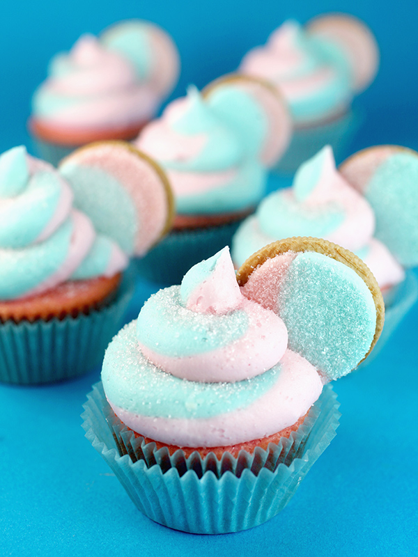 Cotton Candy Oreo Cupcakes with Oreo Garnish