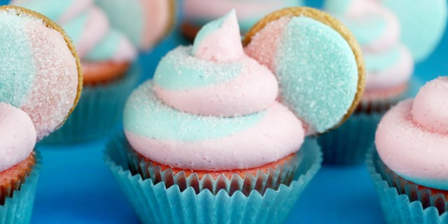 Bakerella Cotton Candy Oreo Cupcake