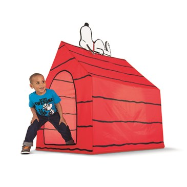 Red Snoopy Peanuts Tent