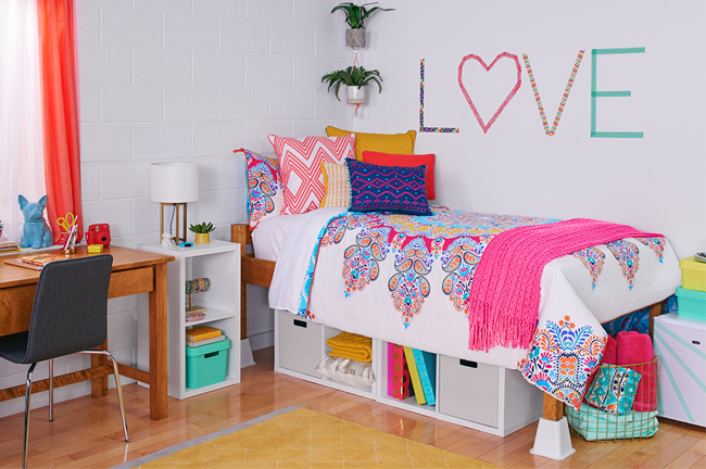 Good Tiffanyu0027s Room Is Bright And Bold, With Multi Colored Comforter And Accents. Part 27