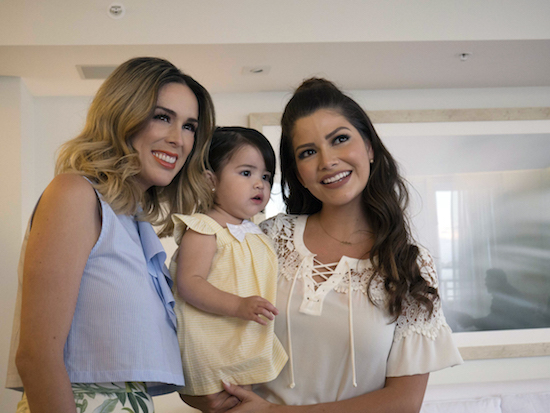Sip and See con Jackie Bracamontes y Target | Blog for women | Jacky Bracamontes with Ana Patricia Gamez and her daughter Giulietta