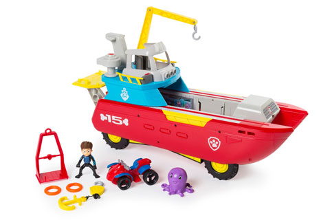 A sea bot with figures and accessories
