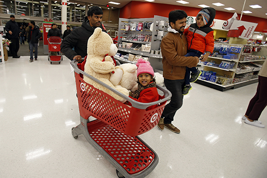 Update Holiday Shopping Is On See Which Hot Deals Guests Are Bringing Home