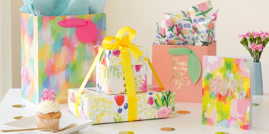 Presents wrapped in Thimblepress paper and bags