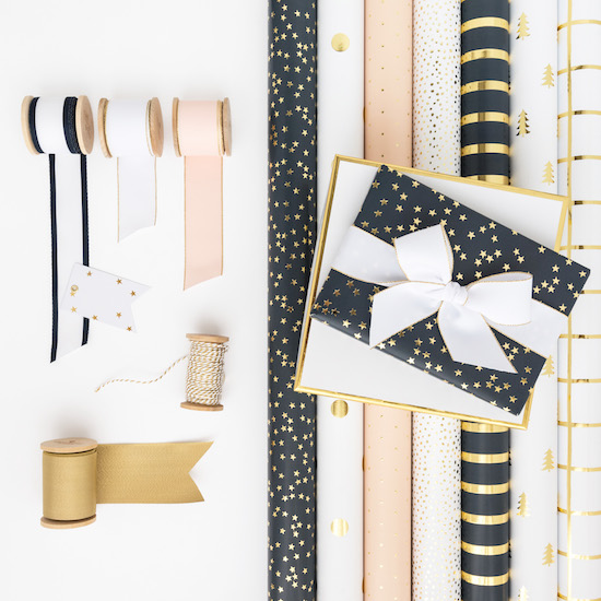 Blue, pink and white gift wrap options