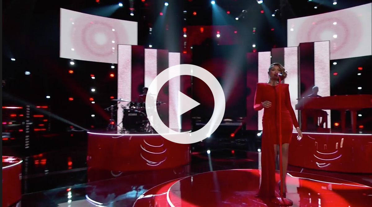 Jennifer Hudson performs on The Voice stage