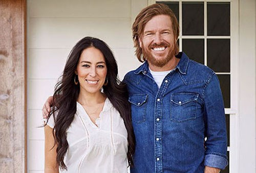 Chip and Joanna Gaines pose together